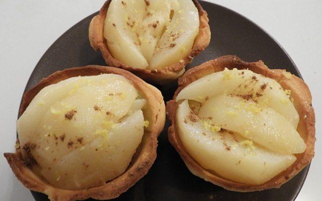 Tartelettes pommes, poires et crème à la menthe